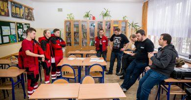 EmCom Mazowsze wspiera ratowników medycznych w ćwiczeniach.